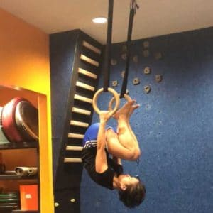 Gymnastic ring tuck