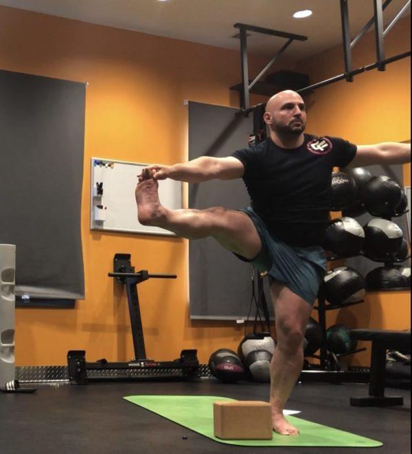 Yoga Extended Hand-to-Big-Toe Pose - Utthita Hasta Padangustasana