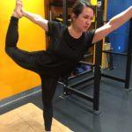 Yoga Iyengar- Standing Bow Pose - Dancer - Natarajasana