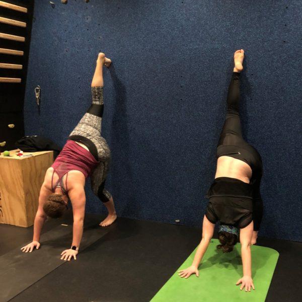 Yoga Yin - Urdhva Prasarita Eka Padasana Standing Front Split