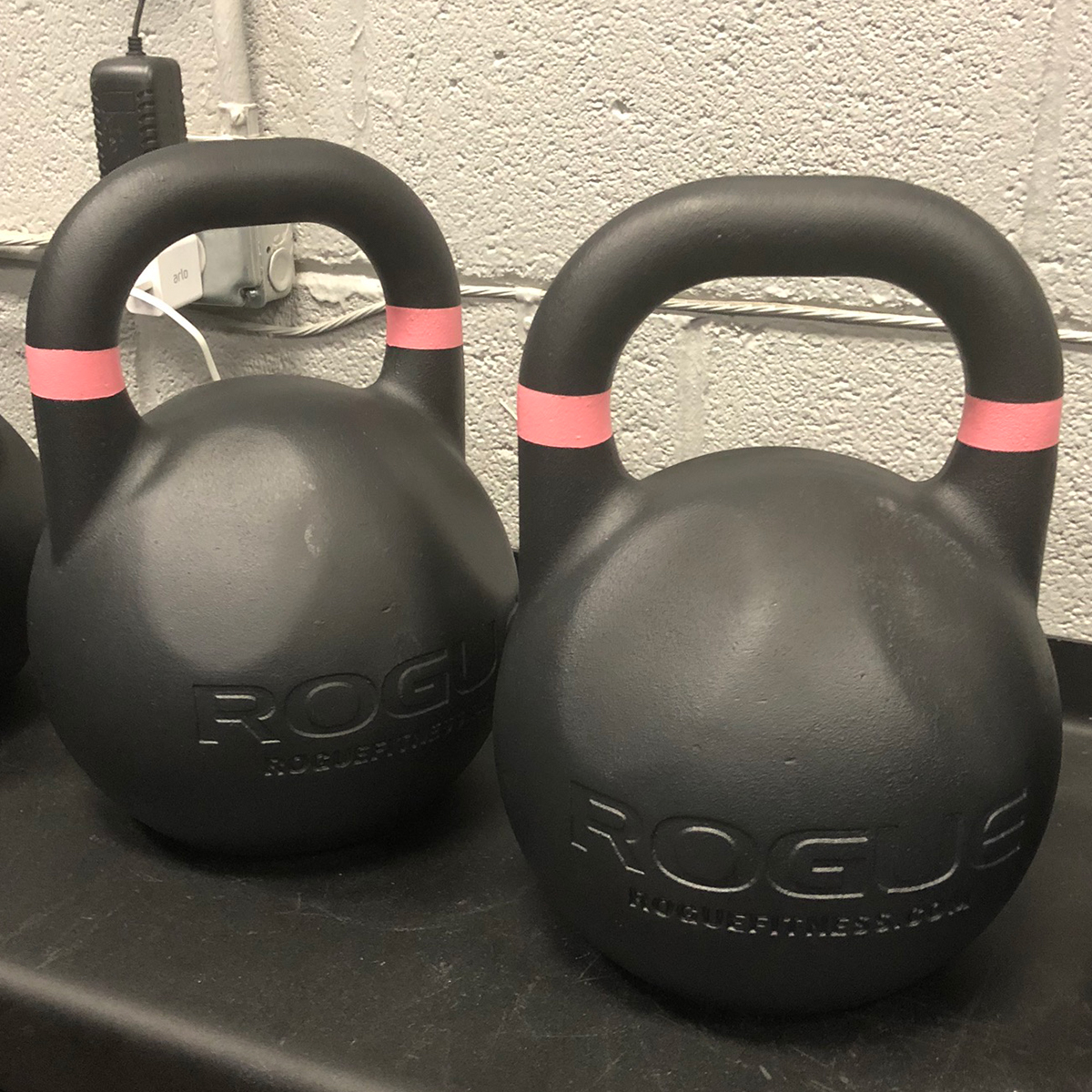 Rogue Fitness Competition Kettlebell 10KG Pink